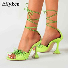 2021 zapatos de cuero acogedoras mujeres Eilken Women Shoe Hollow Cross-athated Lace Lace Up Sandals Fashion Cozy Cuero Peep Toe Toe Tokle Correa Señoras Extrañas Tacones Bombas C0410