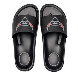 2021 sapato de língua Sliders Mens Sandálias de Verão Sandálias de Praia Senhoras Ladies Flip Flocos Preto Branco Rosa Slides Chaussures Línguas Sapatos Home