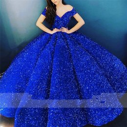 2021 quinceanera-stil rüschen kleider Sparkly Royal Blue Quinceanera Dresses 2021 Elegant Off Shoulder Sequin Ruffle Corset Puffy Ball Gown Prom Dress Luxury Arab Style