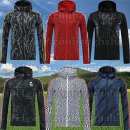 Vero hoodie madrid online-Real Madrid Calcio Zipper Windbreaker Roma manica lunga Cappotto a maniche lunghe 2020 21 Athletics Winter Sport Football Hoodie