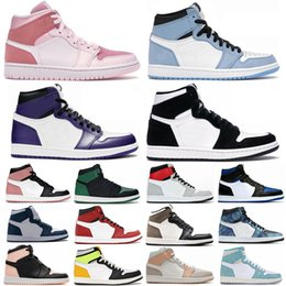 Sapatos de basquete homens-de-rosa on-line-1 Universidade Azul Hyper Royal Twist Chicago Basquetebol Tênis Homens 1s Meia Milão Digital Pink Sail Patent Bred Toe Mulheres Corte Roxo Sapatilhas