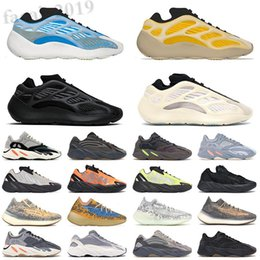 scarpe da ginnastica Sconti Adidas Yeezy BOOST 350 V2 Kanye West 2021 Sply 35 380 700 V2 Semi Frozen Yellow Blue Tint Zebra casual Shoes Sesame Beluga 2.0 Cream White Men Women Sneakers F34