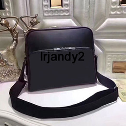 De calidad superior negro nuevo famoso diseño clásico estilo hombres messenger bags moda crossbody bolsa de cuero genuino hombro bolsa de negocios bolsa de libros desde fabricantes