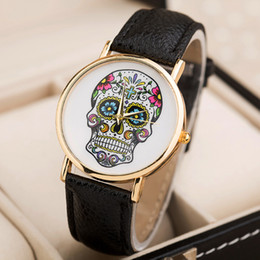 Wholesale Wholsale Glasses - Fashion Wholsale Design Women Dress watches Quartz Watch fashion SKULL Watch Ladies Men Sport Watch 8 colors