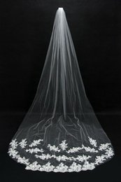 Wholesale Events Satin - Hot Selling Bridal Veils Cheap Long Veils Soft Tulle Long Veil with Lace on the Edge Cathedral Veils for Wedding Events CPA067