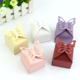 Wholesale Styling Wedding Party Cake - Wholesale-Free Shipping 50pcs Butterfly Style Favor Gift Candy Cake Boxes For Wedding Party Baby Shower