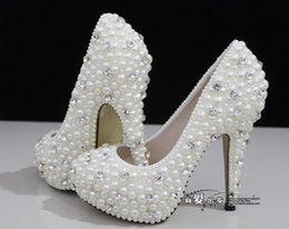 Wholesale Cheap Bridal Shoes Crystals - Hot Sale White Wedding Shoes 2018 Luxurious Crystals and Pearls High Heels Fashion Design Cheap Ivory Bridal Shoes Sexy Evening Party Shoes