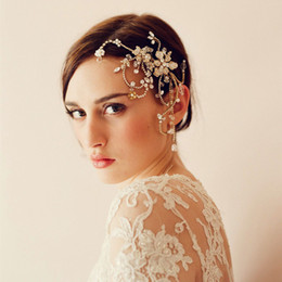 Wholesale Gold Flower Hair Comb - 2015 New Fashion Wedding Bridal Party Women Crystal Rhinestone Pearls Beaded Gold Comb Headband Flower Pieces Tiara Hair Accessories Jewelry