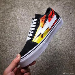 Wholesale Pop Shoes - 2017 Kanye West Revenge X Storm Pop-Up Black flam Joint Limited Ian Connors Skateboarding Shoes Vanse Men Women Skateboarding Shoes With Box