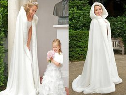Wholesale White Winter Hooded Wedding - Plus size Winter 2016 Bridal Shawls Jackets Cape Faux Fur Christmas Cloaks Hooded Perfect Wedding Wraps Abaya Wedding Dresses