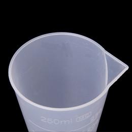 petite toilette en plastique Promotion Tasses à mesurer FS Hot 250 ml à cône en plastique transparent, commande $ 18no track