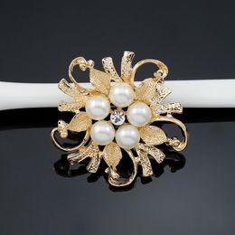 Wholesale Diamante Pearl Brooch - Brooches For Women Exquisite Imitation Cream Pearl Flower Pin Brooch Diamante Wedding Brooch Pins Silver Gold Elegant Women Rhineston Brooch
