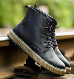 Wholesale Men Frocks - 2017. New pattern. British style. Casual fashion shoes. Frock shoes. Leather shoes for men. Waterproof. Student.Men's boots.