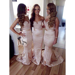 Wholesale taffeta orange bridesmaid dress - 2017 New Fashion Plus Size Bridesmaid Dresses Elegant Sweetheart Lace Topped Mermaid Wedding Guest Reception Party Gowns BO8377