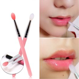 wholesale balm makeup Promo Codes - 2Pcs food grade Silicone Tip Lip Brushes Lipstick Glossy Wands Balm & Lip Gloss Applicator Tool Makeup Lip Brush