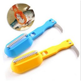 Wholesale 1Pcs kitchen tool cleaning fish skin steel fish scales brush shaver Remover Cleaner Descaler Skinner Scaler fishing tools knife