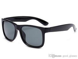 Wholesale golden beige - Fashion Sunglasses Men Women Sun Glasses Brand Designer Justin Mirror Gafas de sol Branded Designer Male Eyewear with cases 1 online