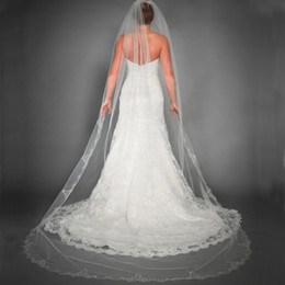 Wholesale Bridal Appliques Trims - Stunning Catheral Veils Long Lace Appliques Trim Bridal Veils Cathedral Wedding Tulle Veil with Beads Wedding Accessary