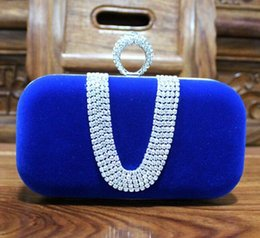 Wholesale Blue Female Rings - Top selling Fashion Female Diamond U Shape Diamond Ring Velvet Evening Bag Luxury Finger Clutch Purse Wedding Party Bag With Chain