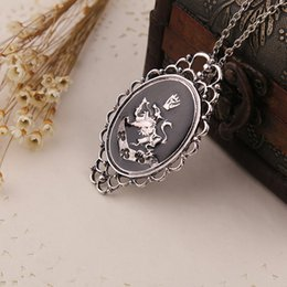 Wholesale People Charms - 2016 Rosalie Pendant Necklace Personalized Exquisite Sculpture Movie Film Women Hot Necklaces Fashion Jewelry for people ZJ-0903080