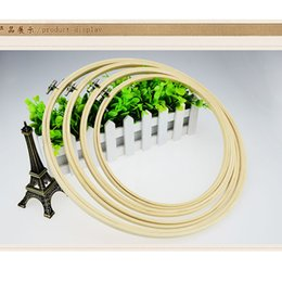 Wholesale Bamboo Cross Stitch - 20 CM Embroidery Bamboo Hoop Chinese Cross Stitch Frames Rround Hoops Handmade Arts Crafts Tool & Home Decoration