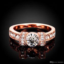 2019 anillo de diamantes de cristal swarovski 18k Anillos de oro para mujer Anillos de boda para hombre Diamante Swarovski Cristal 18K Anillos de diamante de boda 925 plateados plata esterlina anillo de diamantes de cristal swarovski 18k baratos