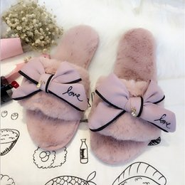 Wholesale e bow - famous brand fur flip flops sweet lace bow fur slides women designer winter sandals warm and cozy home slippers with flower
