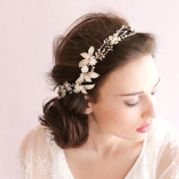 Wholesale Crystal Flower Heads - Free Shipping Cheap Bridal Hair Accessories Romantic Shinny Gold Crystals Beaded Wedding Head Jewelry For Women CPA486