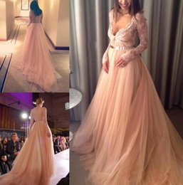 Wholesale Golden Yellow Formal Dress - 2015 New Elegant Evening Dresses Champagne V-Neck Sheer Long Sleeve Lace Runway Dress With Golden Belt A-Line Formal Gown Tulle Prom Dress