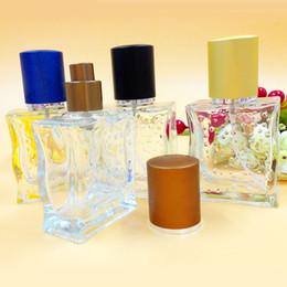 2019 envases de maquillaje 50 ml Vacío Perfume de Perfume de Cristal Trans Rellenable Fragancia Perfume Rociador Frasco Frascos de Viaje Maquillaje Contenedor Cosmético 10 unids / lote DC353 envases de maquillaje baratos