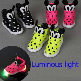 Wholesale Outdoor Lighting Led Dmx - European Fashion Cute Lighting Children Shoes Hot Sales Lovely Kids Shoes LED Quality Boy Girls Shoes Chaussure Enfant
