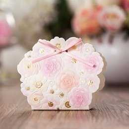 Wholesale Luxury Favor Candy - Wedding Reception Card Box Favor Gifts Bag Elegant White Luxury Decoration Flower Laser Cut Party Sweet Paper Candy Box