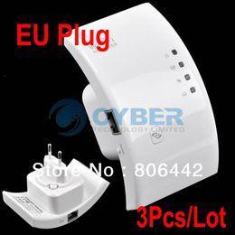 Wholesale Cheap Wireless Repeater - Cheap 3Pcs Lot Wireless-N Wifi Repeater 802.11n g b Network Router Range Expander 300M EU Plug Drop Shipping TK0008