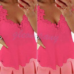 Maglietta della camicetta della camicetta di pizzo di estate delle donne casuali senza maniche in chiffon all'ingrosso-SEXY Tops UK cheap womens wholesale lace blouses da le camicette all'ingrosso del merletto delle donne fornitori