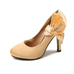 Wholesale Sparkle Beaded Bridal Shoes - 2015 Cheap Sparkling Bridal Wedding Shoes Flower Bowknot Beaded Shallow High Heel Gold Red for Dresses Party Evening