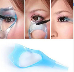 Wholesale Mascara Guide - 3 in 1 Eyebrow Brush Curler Guide Eyelash Comb Guard Card Makeup Mascara Applicator Tools