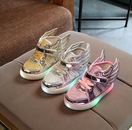 db92e2e3a обувь для новобрачных Скидка Детские кроссовки Детские светодиодные туфли с  крыльями для девочек Детские мальчики Детские
