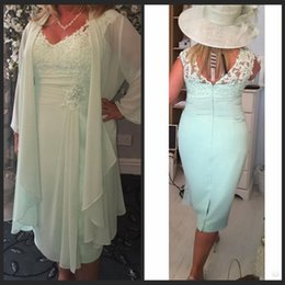 Wholesale Chiffon Tea Length Casual Dresses - Mint Green V Neck Column Short Mother of the Bride Dresses with Wrap Plus Size Casual Chiffon Evening Gowns Lace Tea Length