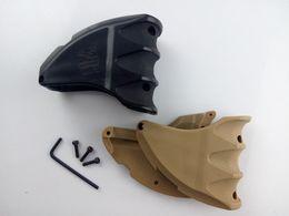 Wholesale Mako Mwg Grip - New FAB Defense MAKO MWG magaipu Well Grip for AR15 M16 M4 New Version free shipping