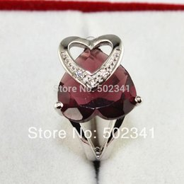 Wholesale Dress Minimum - No Minimum Discount Silver Plated Ladies Fashion Large Sizes Heart Purple Crystal Rings Girl Dresses Rings for Party J130