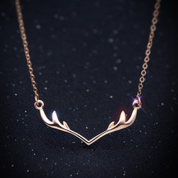 Wholesale Korean Small Pendant Necklace - Korean version of small fresh, simple and sweet, S925 silver deer horn necklace, clavicular chain lovely, short female jewelry wholesale