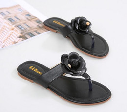 Wholesale rubber sole flip flops - New fashion 2018 women flip-flops sandals slide striped sandals with rubber sole with web rubber strap women fashion indoor flip flop