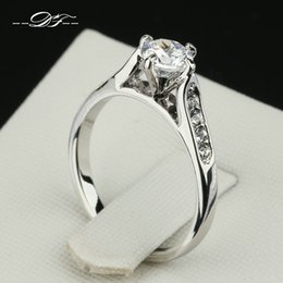 Wholesale Diamonds 1ct - Classic 1ct CZ Diamond Inlaid Engagement Ring Wholesale Platinum Plated Fashion Brand Wedding Jewelry For Women anel joias DFR064