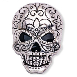 Wholesale Imitation Gold Upscale - 2016 New Fashion Ancient Gold Silver Personality Buckle Pin Brooches Upscale Men's Skull Brooch Halloween Skull Brooch