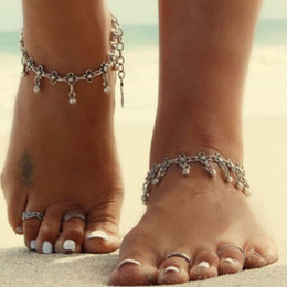 Wholesale Resin Figure Female - European and American foreign trade wholesale jewelry simple retro carved footlet hollow fringed Anklets female beach water
