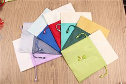 Wholesale Chinese Silk Knot Pouch - Unique Chinese knot Gift Bags High End Patchwork Drawstring Silk Cloth Art Decorative Tea Candy Packaging Pouches for Wedding Festive Party
