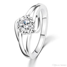 Wholesale Costume Gemstone Rings - Wedding Rings Men Woman Korean Fashion Jewelry Popular Ladies Ring with Luxury Austria Crytsal Costume Jewelry Cubic Zirconia Gemstone Rings