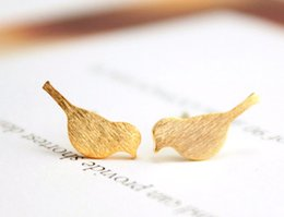 Wholesale Small Stud Earrings Animals - 10pairs Gold Silver Tiny Baby Bird Earrings Stud Small Vivid Bird Crane Pattern Stud Earrings Animal Jewelry S16