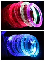 2019 lampeggiante tasto di ricerca leggera Braccialetto LED lampeggiante del discoteca del discoteca del braccialetto di colore d'ardore del braccialetto di lampeggio del regalo di Natale DHL libera il trasporto MOQ: 500pcs SVS0314 #
