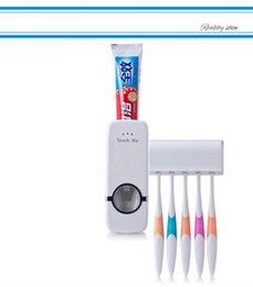 Wholesale Toothbrush Automatic Toothpaste - Automatic plastic squeeze dispenser lazy toothpaste toothbrush holder automatic toothpaste dispenser + 5 toothbrush holder free postage
